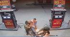Dùng bật lửa soi bình xăng, thanh niên gây ra cảnh tượng kinh hoàng