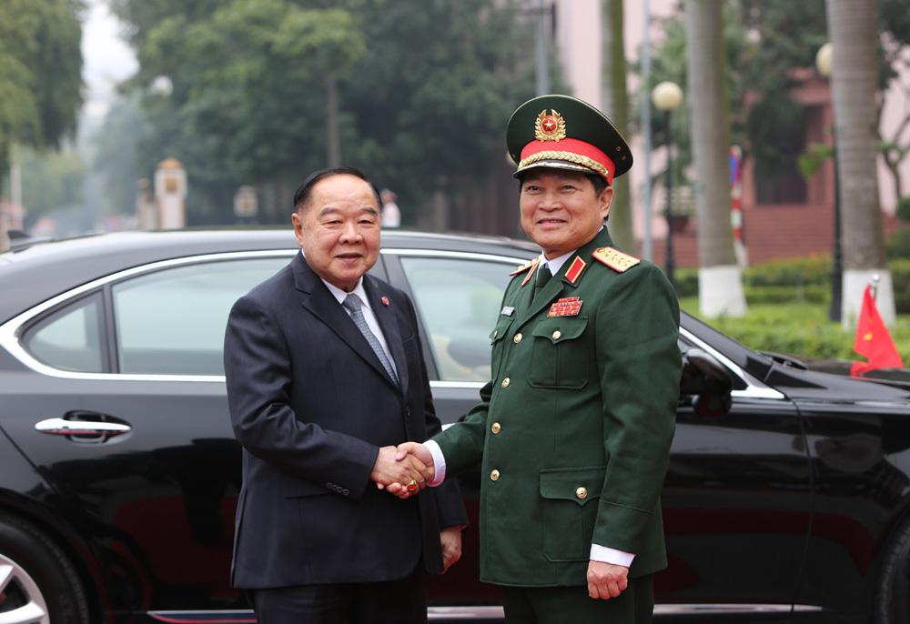 Bộ Quốc phòng,Bộ trưởng Quốc phòng,Ngô Xuân Lịch,Thái Lan