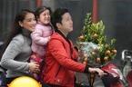 Fan thích thú với ảnh chế gia đình Nhã Phương, Trường Giang đi sắm Tết