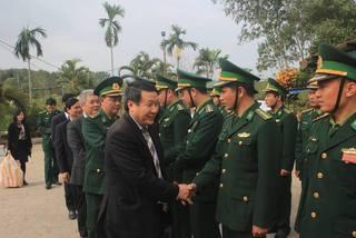 Phó chủ tịch tỉnh Quảng Trị thăm, chúc tết đồn biên phòng, huyện miền núi