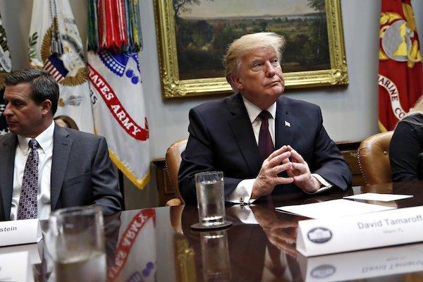 Ông Trump bị 'cấm cửa' vào Quốc hội đọc Thông điệp liên bang