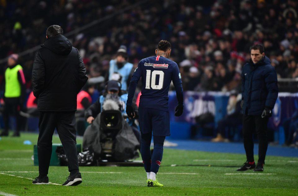 Neymar chấn thương nặng, lỡ hẹn đại chiến MU vs PSG