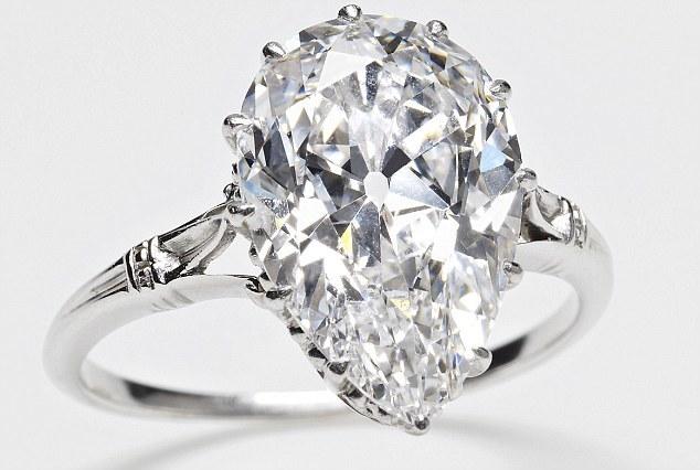 Ngày này năm xưa: Lộ diện viên kim cương lớn nhất thế giới