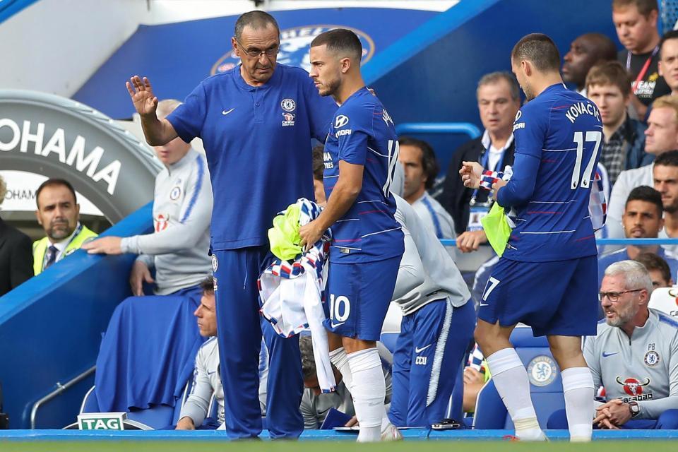 MU hỏi mua gấp Perisic, HLV Chelsea mắng Hazard