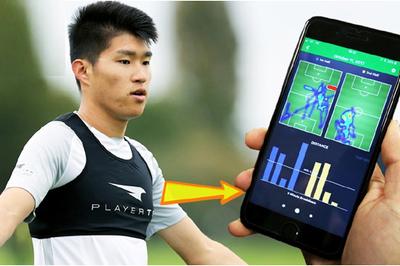 Tại sao khi tập luyện các cầu thủ đội Nhật Bản thường mặc... áo ngực?