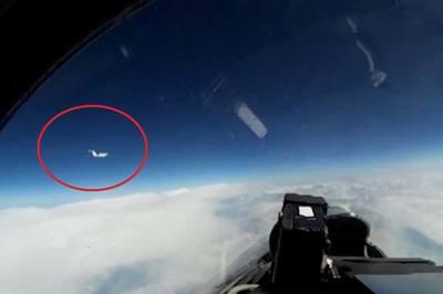 Xem chiến cơ Nga chặn máy bay do thám Thụy Điển