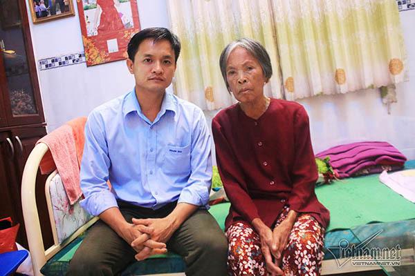 Cụ bà nghèo ngất xỉu và hành động đặc biệt của chàng trai Sài Gòn