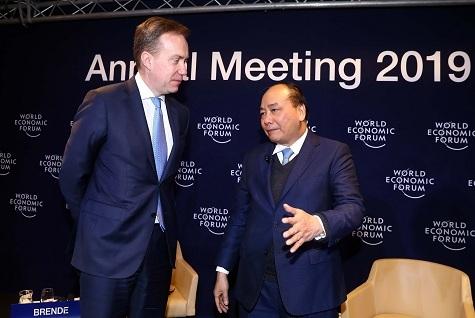 'Việt Nam gây bất ngờ cho thế giới trong 5 năm tới như thế nào?'