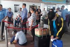 70 hành khách trễ tàu về Tết vì tắc đường ở Sài Gòn