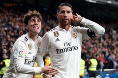 Real Madrid đặt một chân vào bán kết Cúp Nhà vua