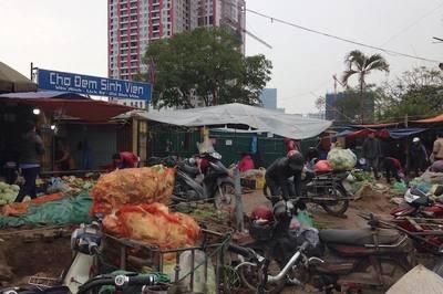 Hà Nội chính thức đóng cửa chợ tạm Dịch Vọng Hậu