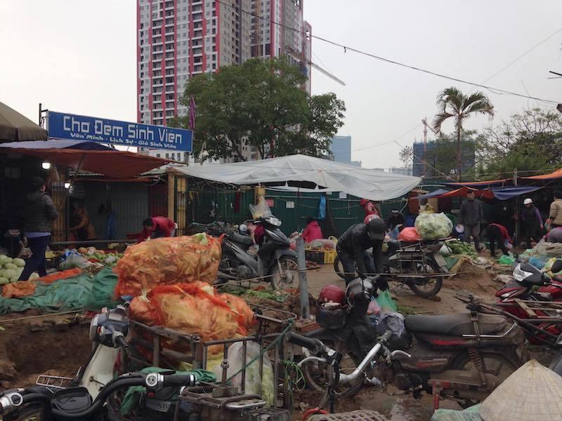 giải phóng mặt bằng,chợ sinh viên,chợ Dịch Vọng Hậu,trật tự xây dựng