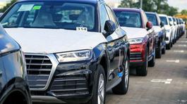 Sát Tết bất ngờ ế: Đại lý bán tháo, ô tô đồng loạt giảm giá