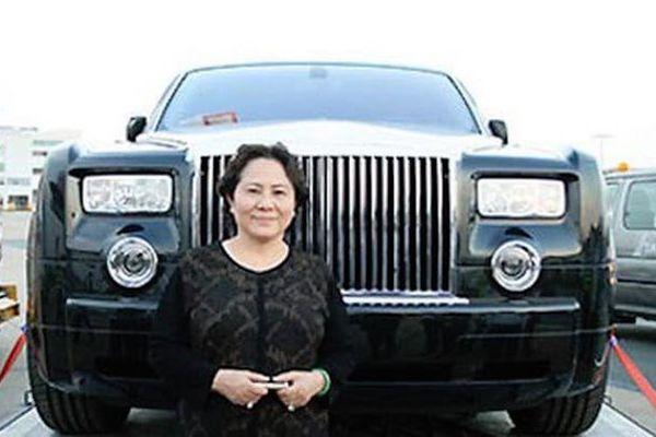 Bà Dương Bạch Diệp từng nói gì về siêu xe Rolls Royce Phantom BKS 77L-7777?