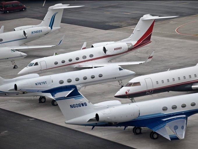 Choáng ngợp: Gần 1.500 máy bay riêng đại gia hội tụ ở thành phố nhỏ