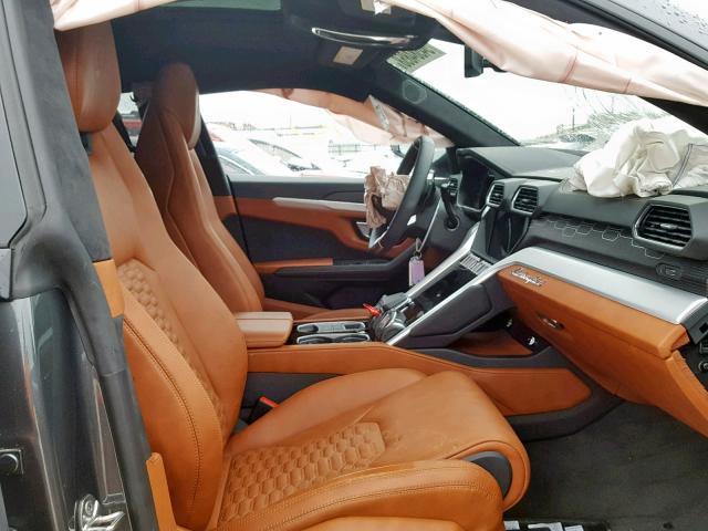 Ai dám bỏ hơn 100 ngàn đô 'rước' siêu SUV tai nạn nát đầu?
