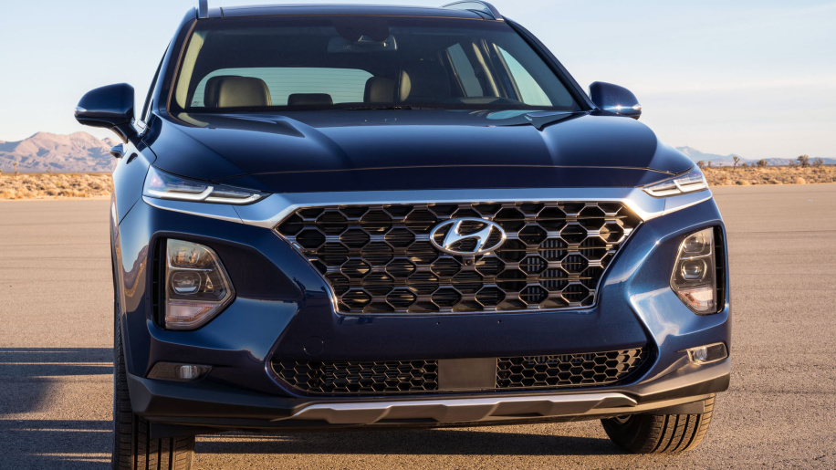 Hyundai Santafe,Toyota Fortuner,Honda CR-V,Mitsubishi Xpander