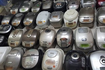 Bỏ 4 triệu mua nồi cơm điện Nhật cũ: Chồng 'cuồng' hàng bãi, vợ phát hãi