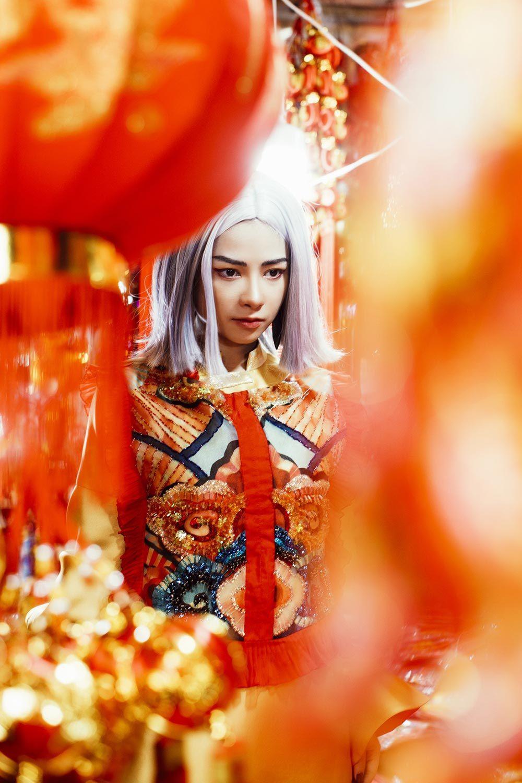 Dương Hoàng Yến lột xác cá tính sau hit 10 triệu view