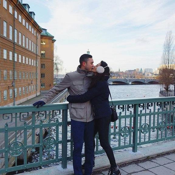 Chuyện tình 'cùng nhau đi khắp thế gian' của tân Hoa hậu Liên lục địa