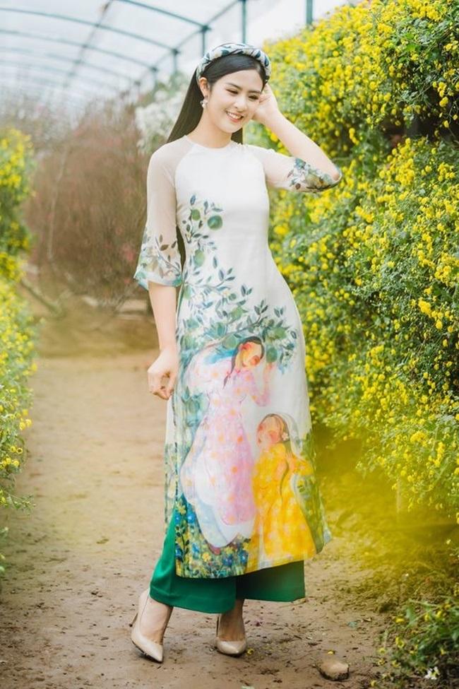 làng sao,H'hen Niê,Trần Tiểu Vy,Mai Phương Thúy