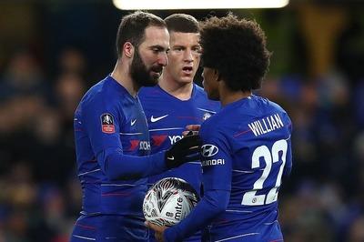 """Higuain ra mắt kém duyên, Chelsea vẫn thắng trận """"3 sao"""""""