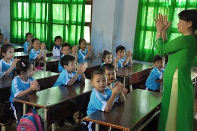 Nên thay thế thi bằng công nhận giáo viên dạy giỏi
