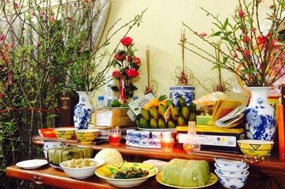 Nghi lễ chạp mộ, mời gia tiên về ăn Tết của GS Lương Ngọc Huỳnh