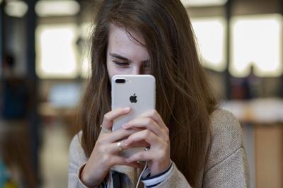 iPhone 7 Plus vẫn là hàng hot dịp cận Tết dù đã ra mắt 2 năm