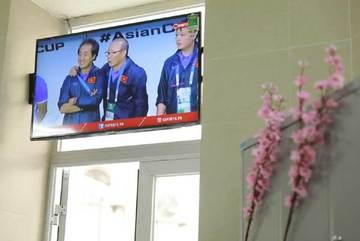 Lắp đặt 200 smart tivi phục vụ bệnh nhân đón Tết