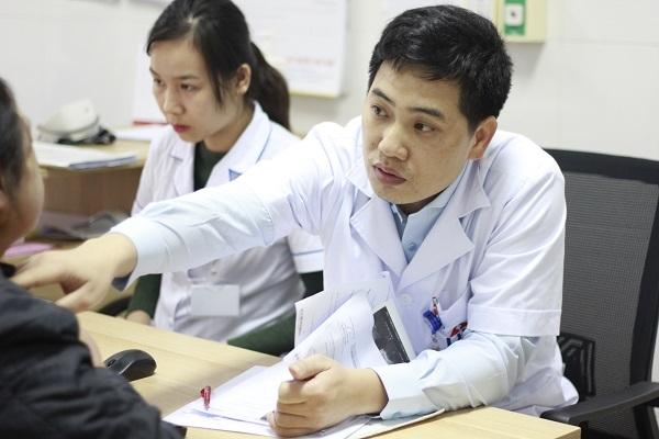 hoàn cảnh khó khăn,ung thư,ung thư phần mềm,bệnh hiểm nghèo,từ thiện vietnamnet