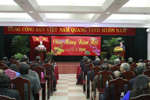 Thủ tướng chúc Tết lãnh đạo, nguyên lãnh đạo khu vực miền Trung