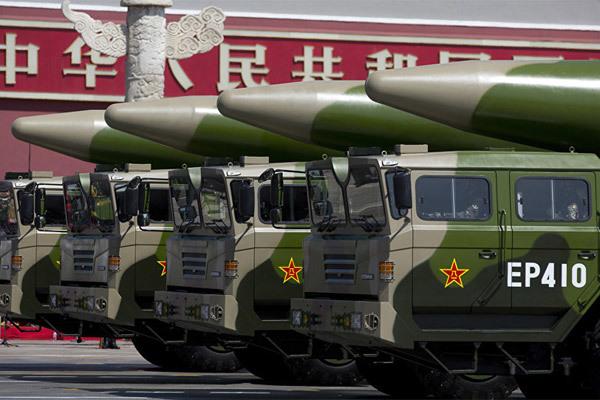 """Trung Quốc thử tên lửa """"sát thủ tàu sân bay"""""""