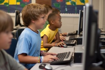 Những đứa trẻ học lập trình lúc 1 tuổi