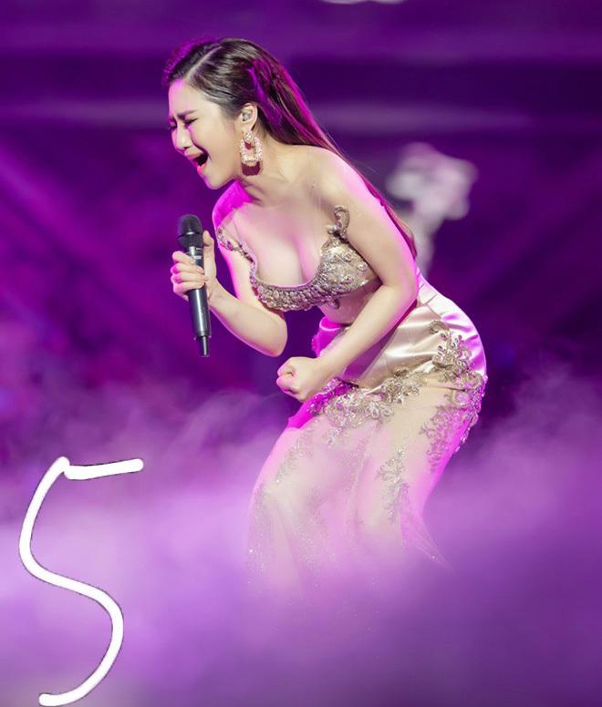 Top những bộ váy gợi cảm nhất của mỹ nhân Việt đầu năm 2019
