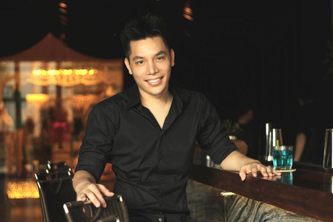 Tác giả hit 'Việt Nam ơi' hạnh phúc tột độ được hát cho thầy Park và U23 Việt Nam