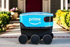 Amazon thử nghiệm robot Scout tự giao hàng