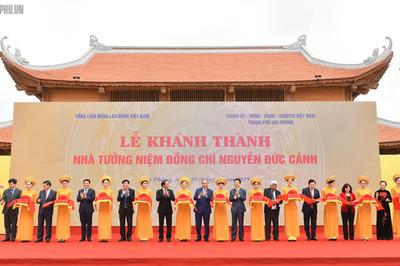 Thủ tướng cắt băng khánh thành Nhà tưởng niệm Nguyễn Đức Cảnh