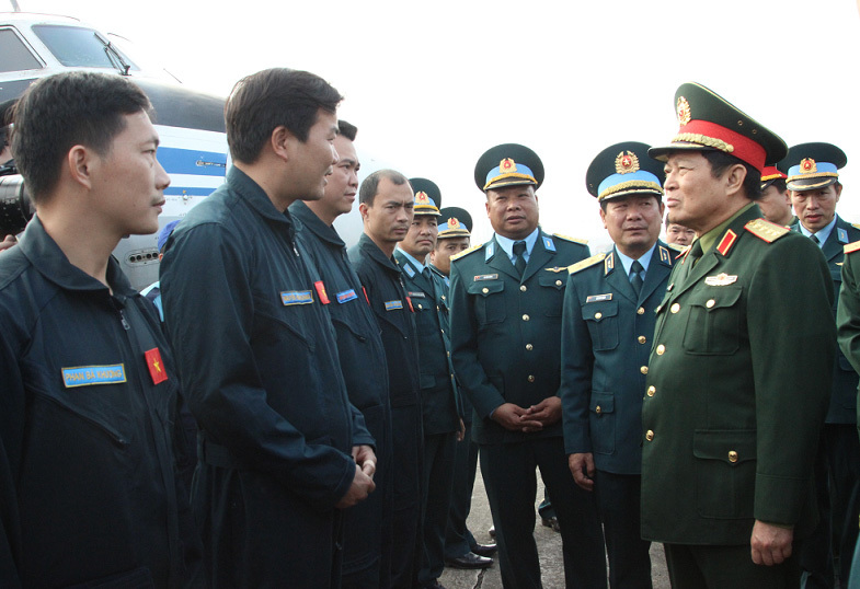 Đại tướng Ngô Xuân Lịch,Ngô Xuân Lịch,Bộ Quốc phòng,Bộ trưởng Ngô Xuân Lịch,Tết Kỷ Hợi