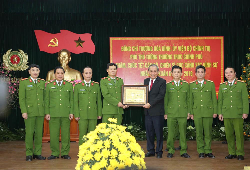 Phó Thủ tướng Trương Hòa Bình,Trương Hòa Bình,Lê Quý Vương,cảnh sát hình sự,Bộ Công an