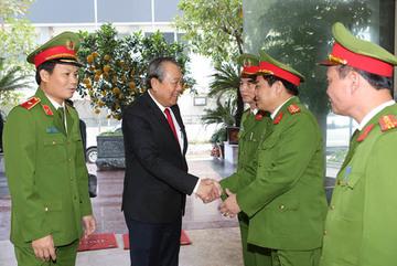Phó Thủ tướng Trương Hòa Bình thăm, chúc tết Cảnh sát hình sự, ma túy