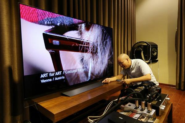 TV OLED 4K siêu mỏng lên ngôi dịp Tết