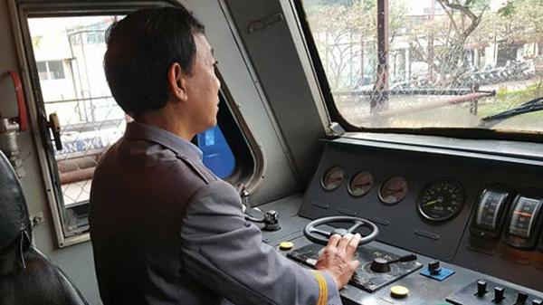 Sự cố ngày Tết khiến lái tàu 'tái mặt'
