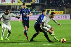 """Ronaldo mờ nhạt, Juventus bị """"đá bay"""" khỏi Coppa Italia"""