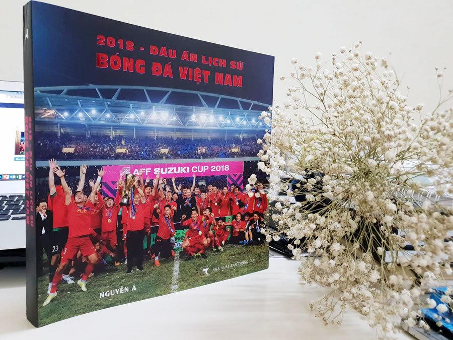 sách mới,HLV Park Hang-seo,H'Hen Niê