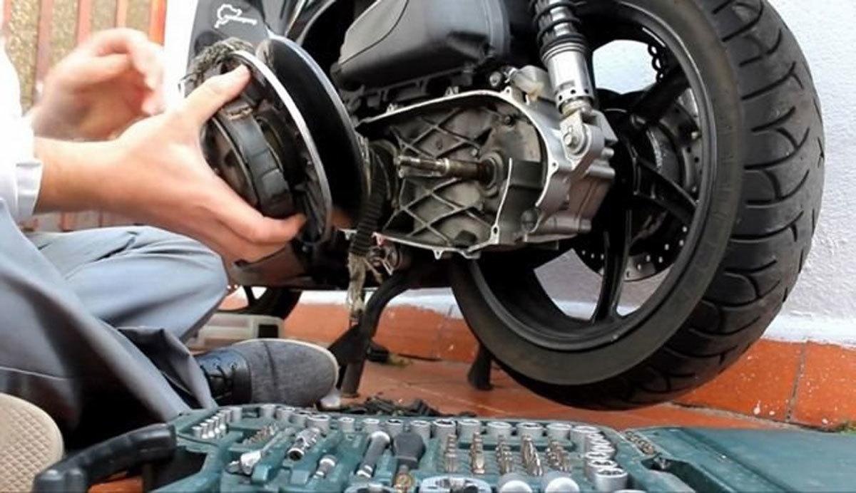 Kinh nghiệm tránh bị 'móc túi' khi tân trang xe máy chơi Tết