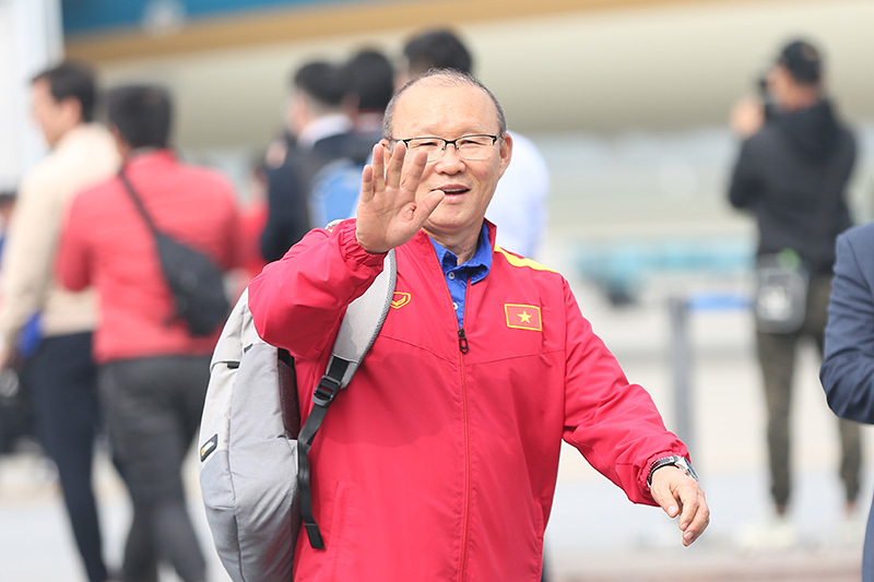 HLV Lê Thụy Hải: 'Ông Park cứ mang vàng SEA Games về đã...'