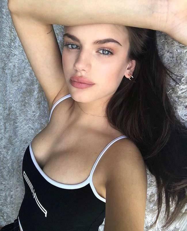 Quý tử Beckham xứng danh đệ nhất sát gái với gần chục cô bồ người mẫu xinh đẹp