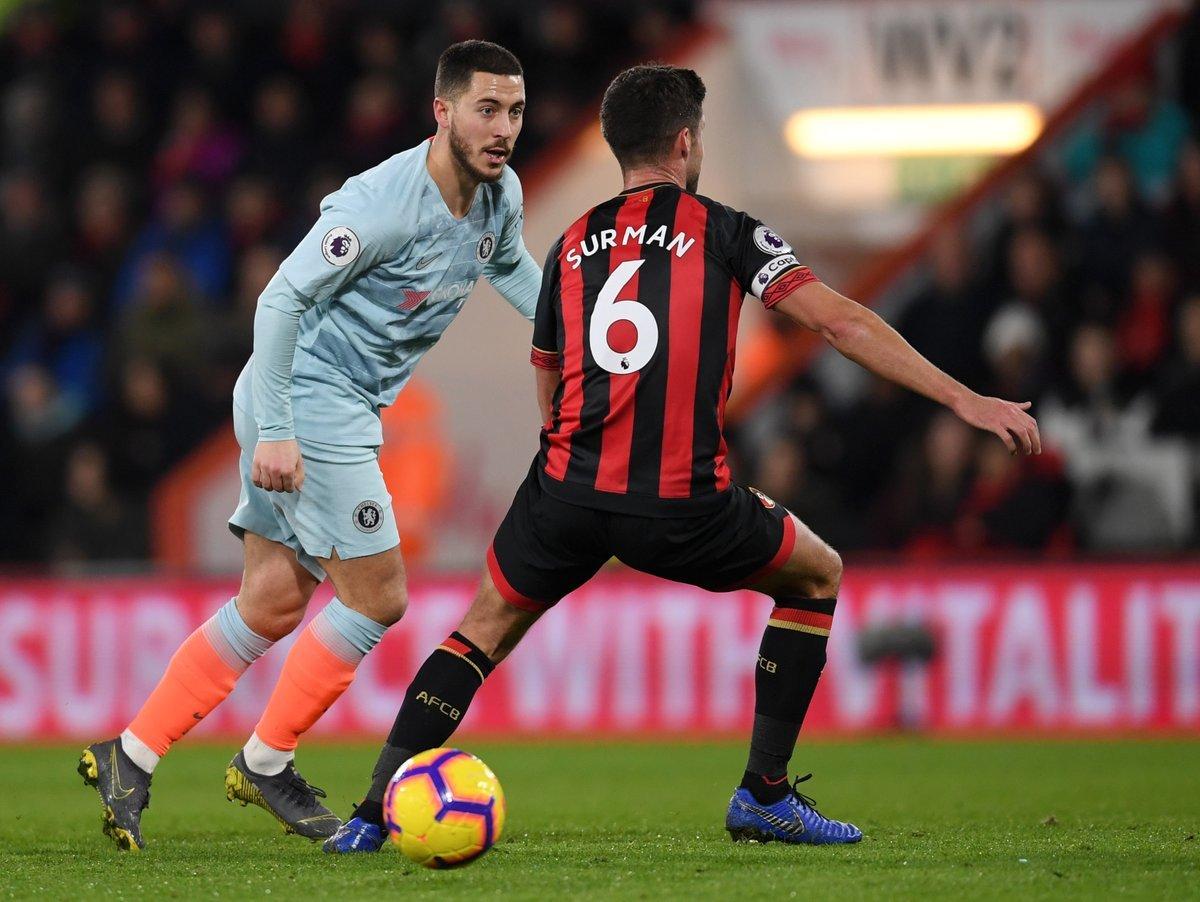 Chelsea khủng hoảng: Higuain và lời nguyền 'số 9'