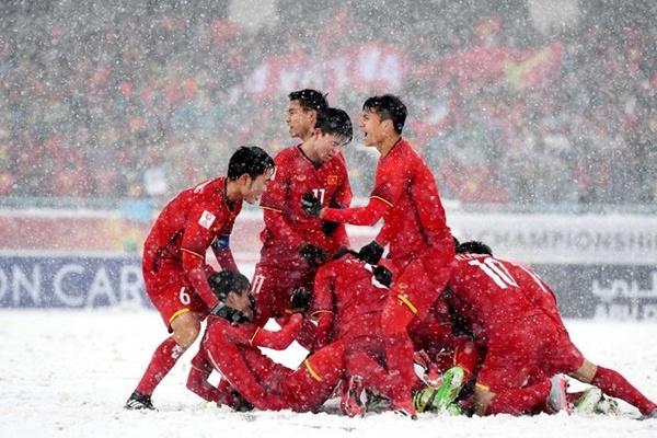 Những bàn thắng cảm xúc nhất trong lịch sử bóng đá Việt Nam